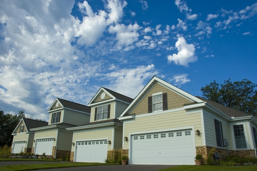 Here are a few things to remember when purchasing homeowners insurance.