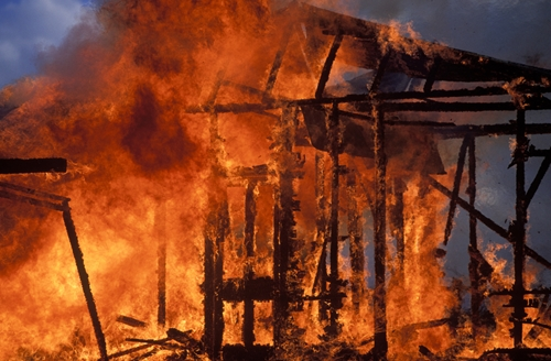 A house fire caused $200,000 in damage to a Virginia home.